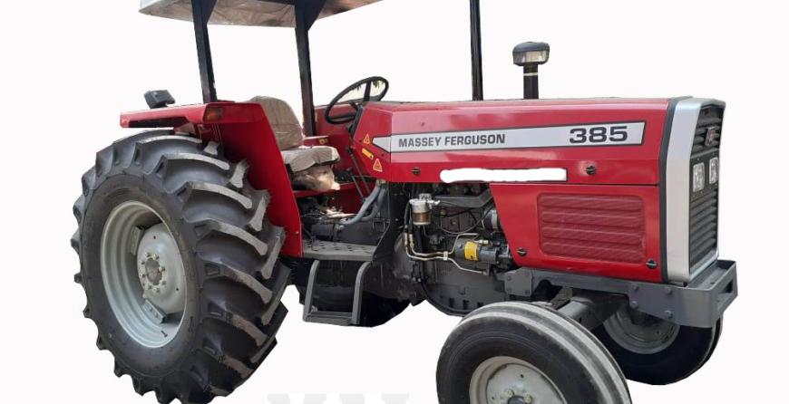 Massey Ferguson 385 4wd in Benin